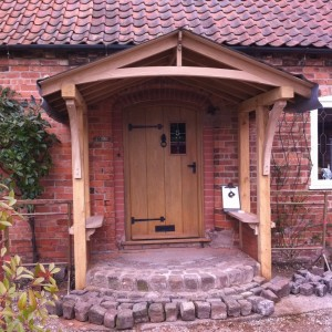 BESPOKE TIMBER DOORS, WINDOWS & CONSERVATORIES